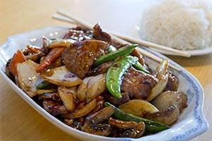 63. Sliced Beef with Oyster Sauce